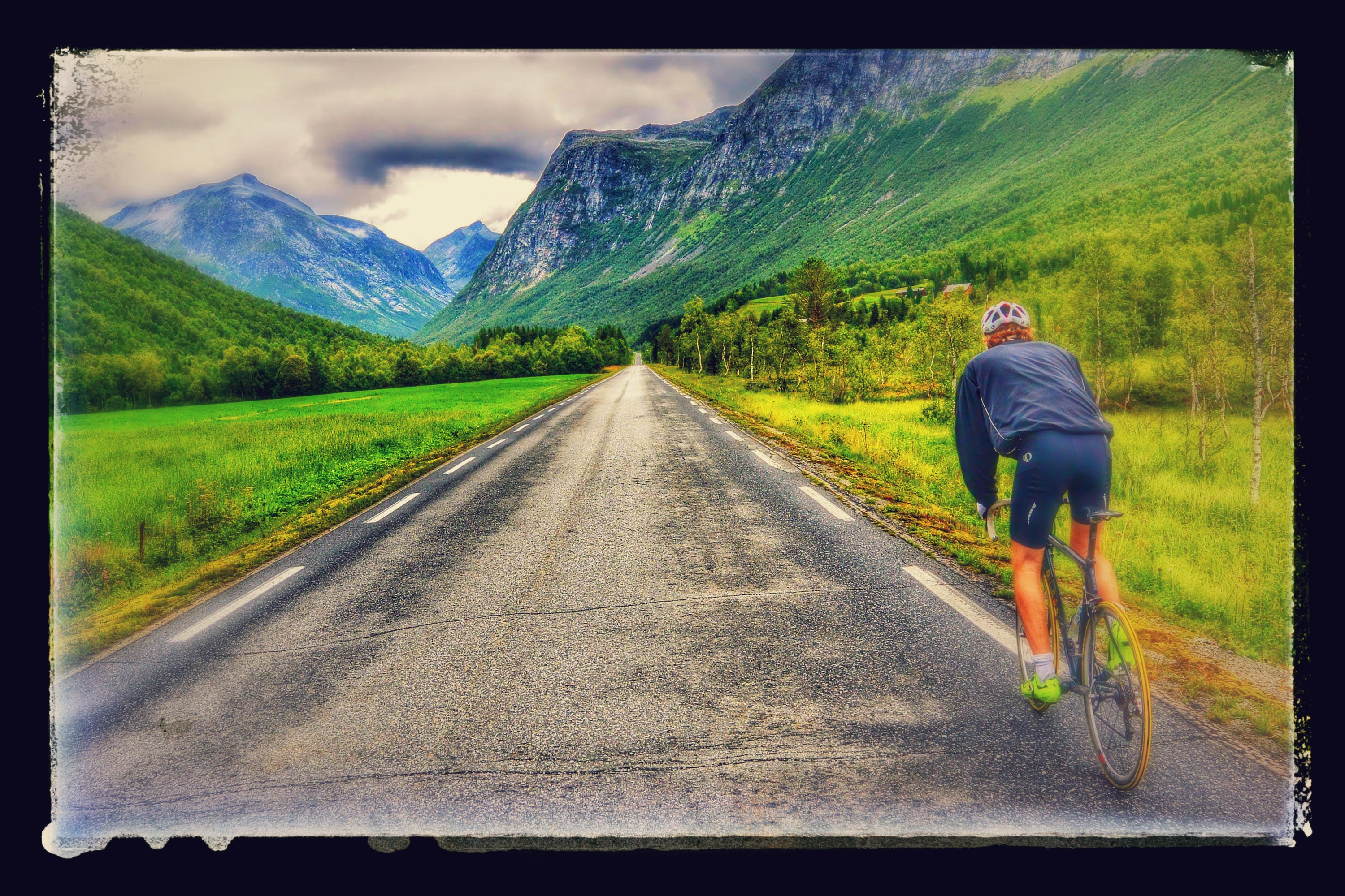 25 km before Trollstigen